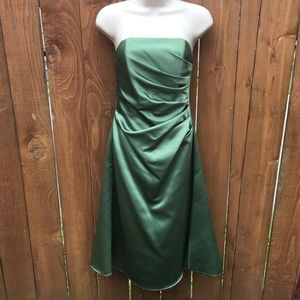 Alfred Angelo Bridesmaid Dress Clover Green Size 2